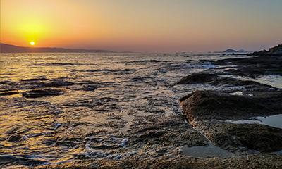 sunset motor boat tour around naxos paros